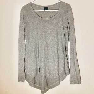 Anthropologie high low gray long sleeve size XS